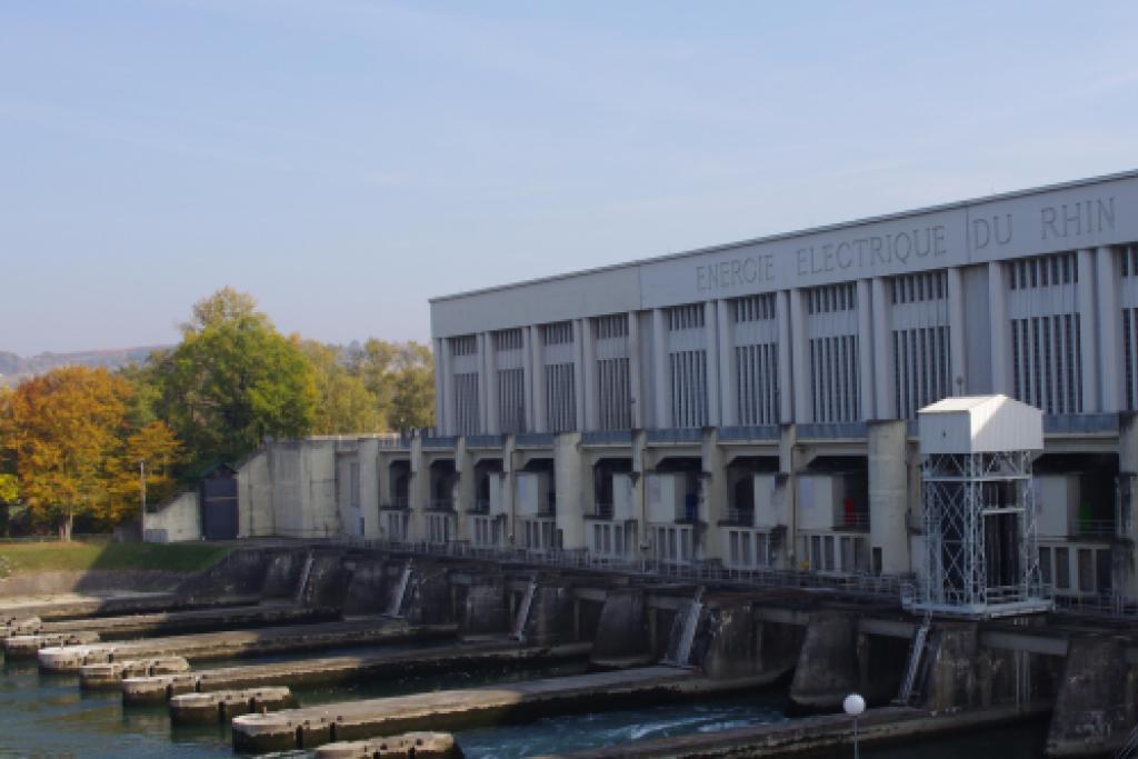 Centrale hydroélectrique de Kembs © Segolene Fausten